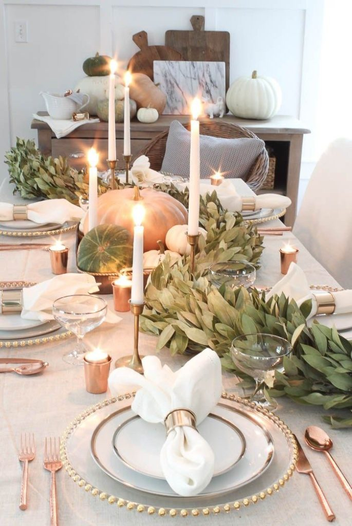 9 Beautiful Simple Thanksgiving Table Ideas - Uptown ...
